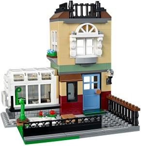 Och modell nummer tre i form av en liten förortsvilla