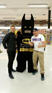 Stefan, Dogge och Batman a.k.a Bruce Wayne a.k.a Fredrik Novak =)