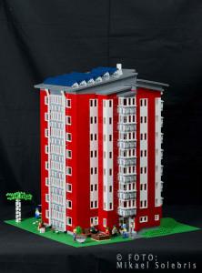 Byggt av helt vanliga Legobitar...