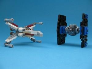 Två ikoniska Star Wars-skepp i behändigt format!
