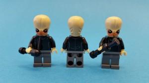De tre bandmedlemmarna är identiska